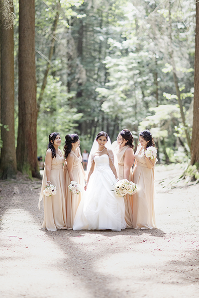vancouver wedding, vancouver wedding photographer, pacific northwest wedding, vancouver elopement, elope vancouver, adventure bride, vancouver bc, bc wedding photographer